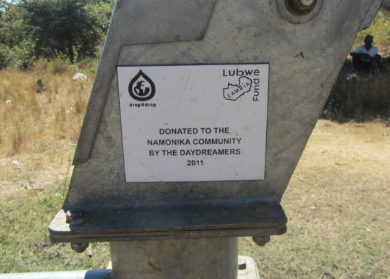 A plaque on the well commemorates the contribution made by the Daydreamers