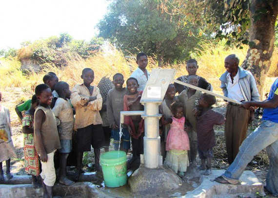The Chilekwa community with their new well