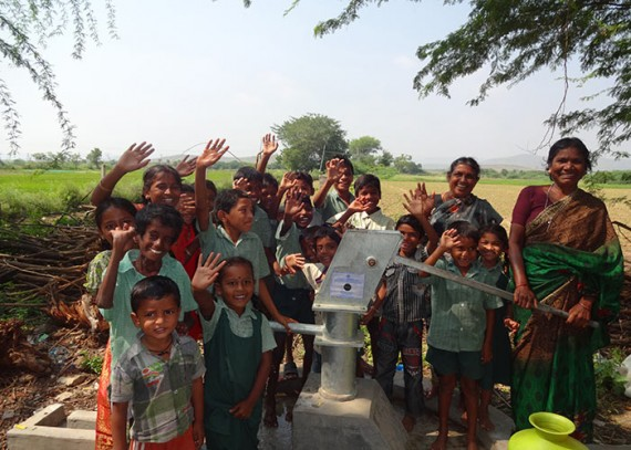 The children of Jowkupalli with their new well