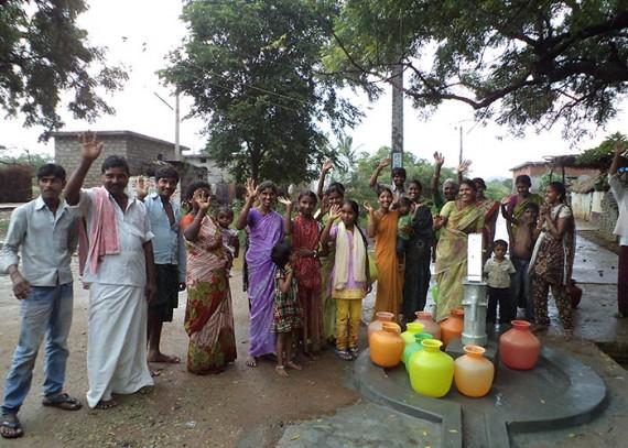 The Kakkaya Nagar community with their new well