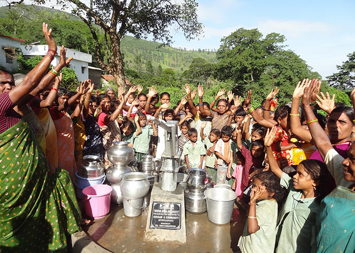 The Mundala Padu community celebrating their new well