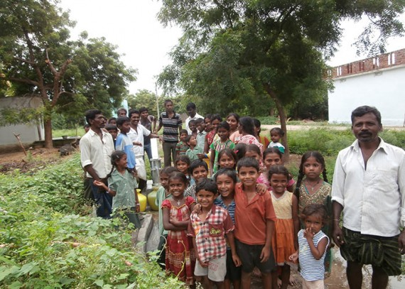 The Madireddypalli community with their new well