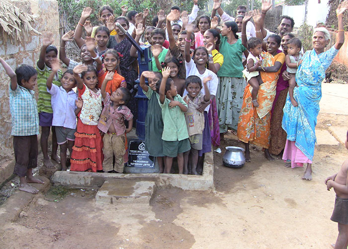 The people of Pedduru with their new well