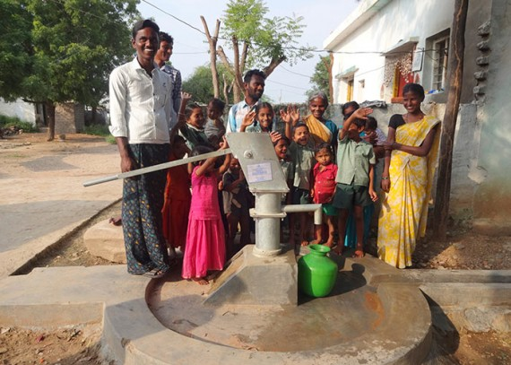 The people of Prabhalaveedu with their new well