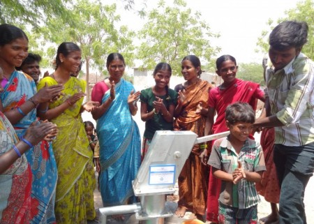The Konarajupalli community with their new well