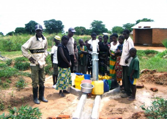 The Chakopo community with their new well