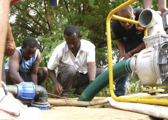 Kenya emergency relief 2011 Christian Aid Pump Instalation 1