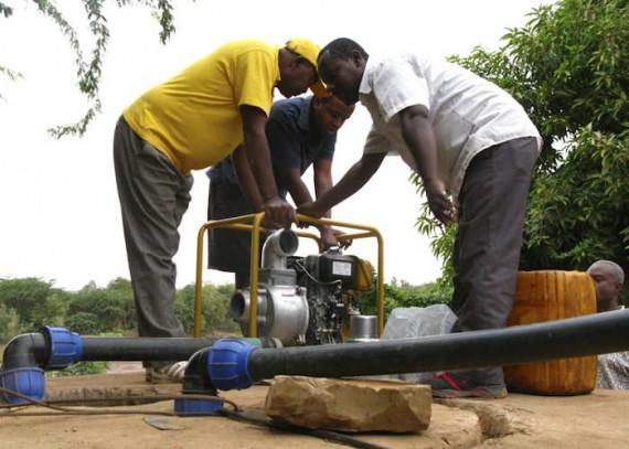 Kenya emergency relief 2011Christian Aid Pump Instilation