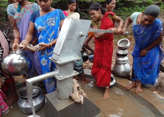 The Gorapur community well in action!