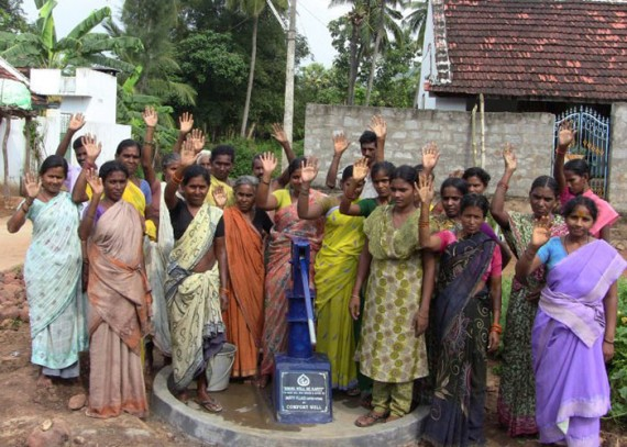 The Daduvu community with their new well