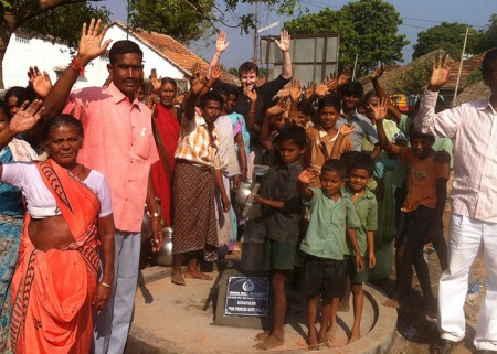 The Konapalum community with their new well