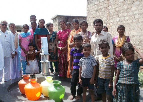 The Palugurallapalli community with their new well