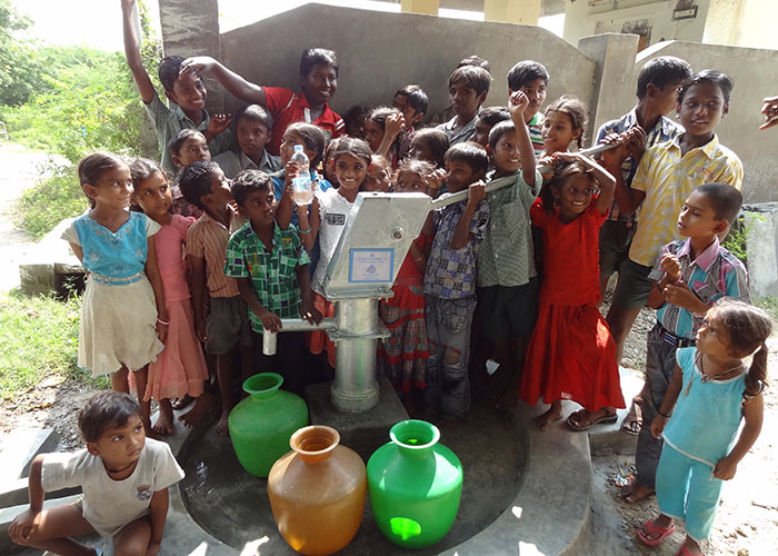 The children of Pangavandlapalli with their new well