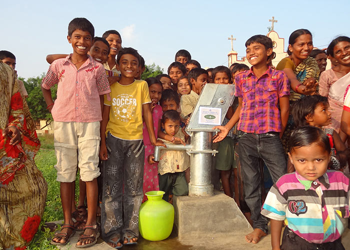 The children of Papireddypalli with their new well