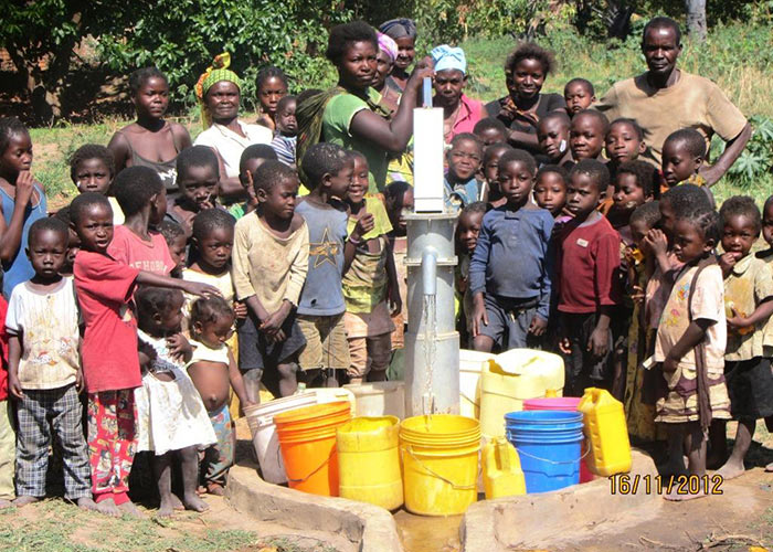 The Safeli community with their new well
