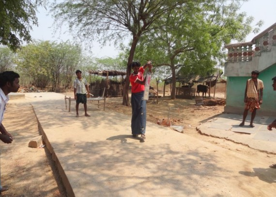 The Kammavaripalli community playing cricket with their new drop4drop bats!