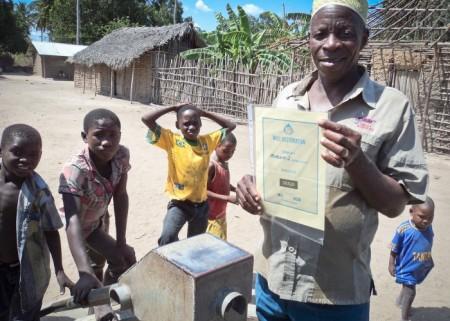 Crussh Mozambique certifcate and community